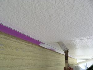 軒天塗装。