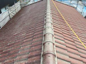 屋根下塗り。