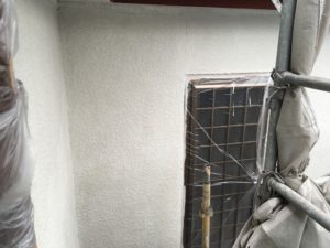 外壁、微弾性フィーラー