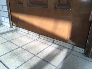 玄関扉補修塗装