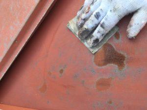 屋根塗装ペーパー掛け
