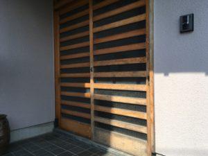 玄関扉塗り替え