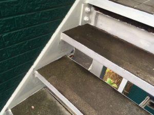 鉄骨階段錆止め