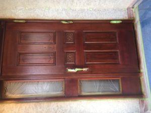 玄関塗装の続き